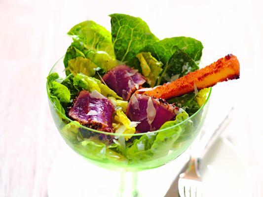 polettos caesar salad mit pfefferthunfisch rezept. Black Bedroom Furniture Sets. Home Design Ideas